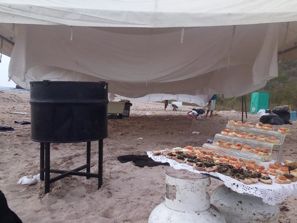 Fiesta privada en isla Venados, área natural protegida.