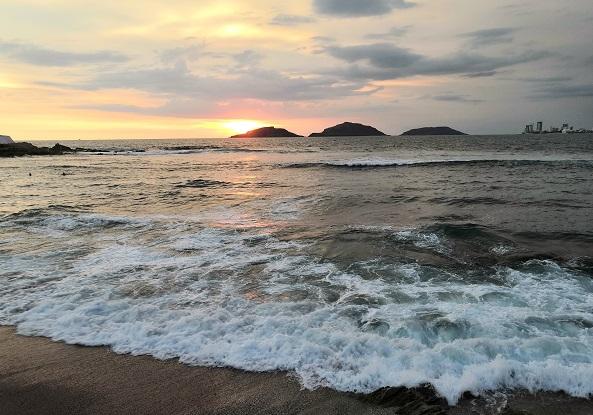 Las tres islas son un icono de la bahía Mazatleca